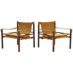 Pair of Sirocco Safari Lounge Chairs by Arne Novell, Rosewood and Leather