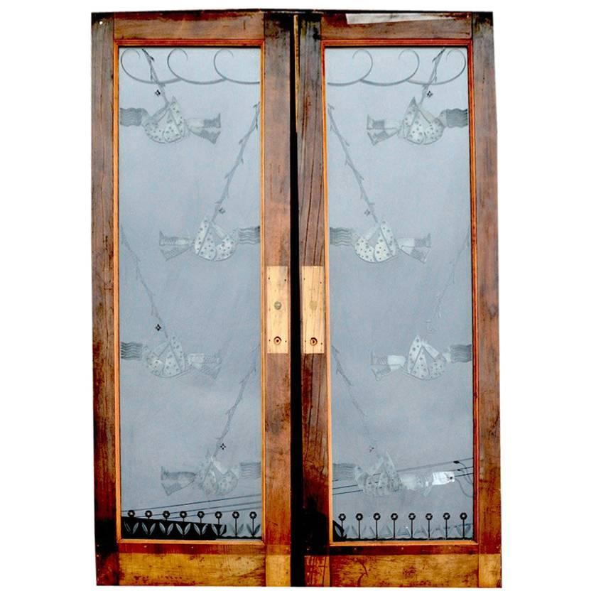 Bon Pair Of Art Deco Etched Glass Doors For Sale