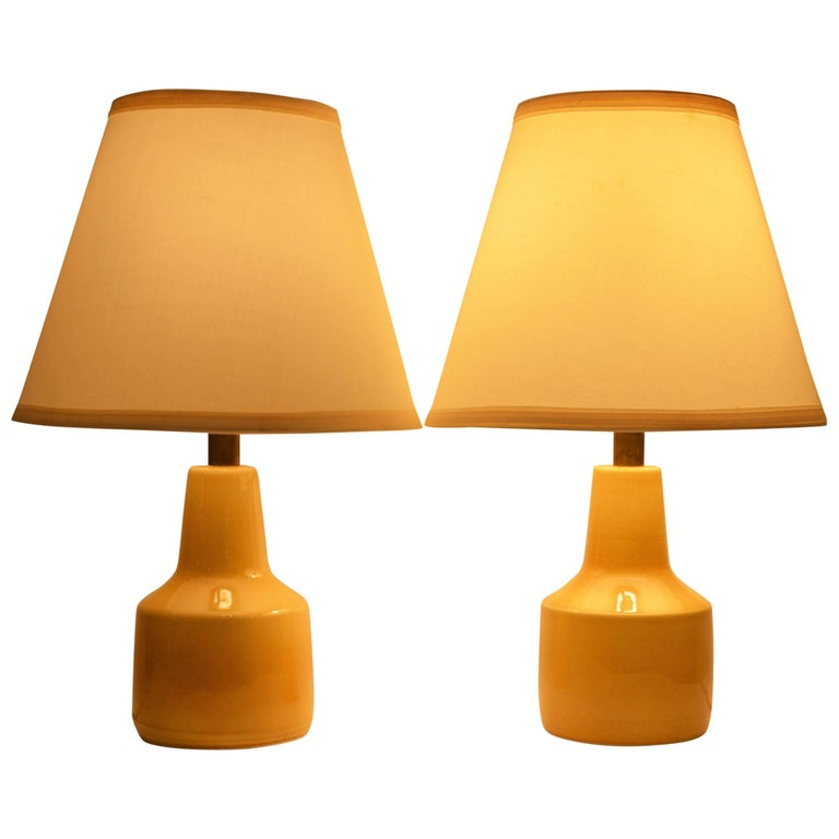 Pair of Small Soft Yellow Lotte and Gunnar Bostlund Ceramic Bedside Lamps For Sale