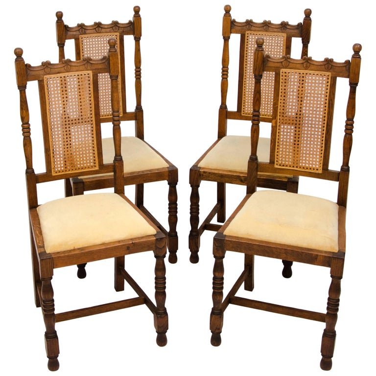 Set of Four Antique Oak English Dining Chairs For Sale - Set Of Four Antique Oak English Dining Chairs For Sale At 1stdibs