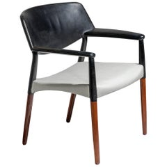 Armchair in Rosewood and Leather by Ejnar Larsen & Aksel Bender Madsen