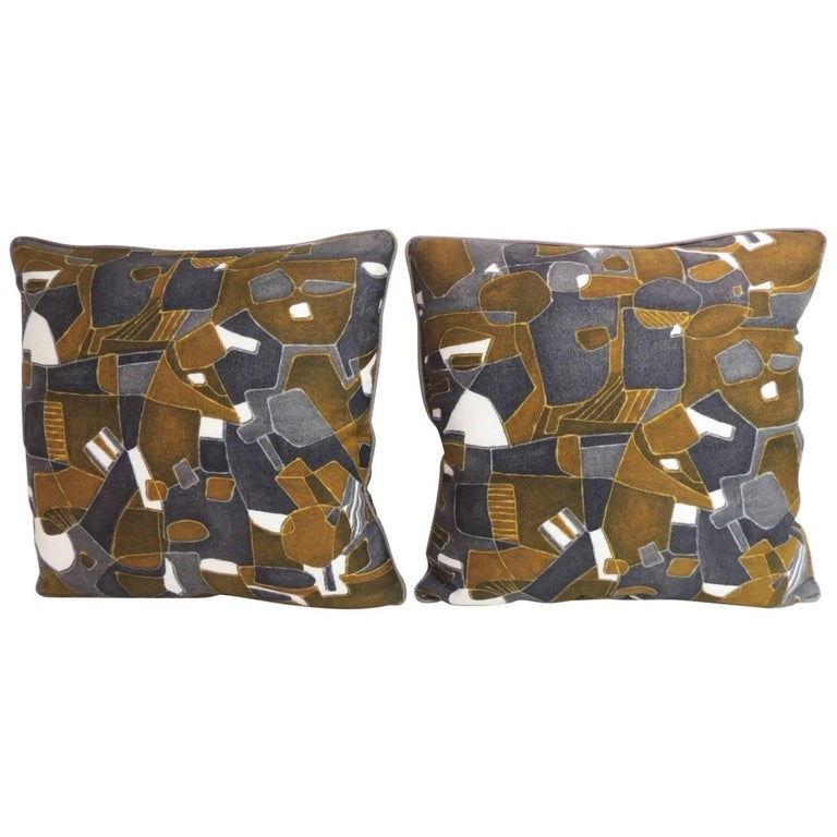 Modern Graphic Pillows : Pair of French Graphic Modern Linen Double Sided Decorative Pillows For Sale at 1stdibs