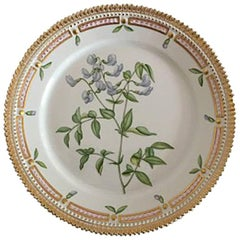 Royal Copenhagen Flora Danica Luncheon Plate No. 3572