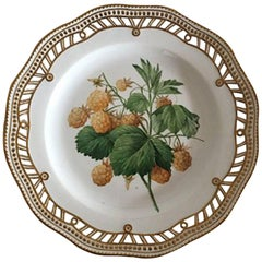 Royal Copenhagen Flora Danica Fruit Plate #429/3584, Pre 1900 #109