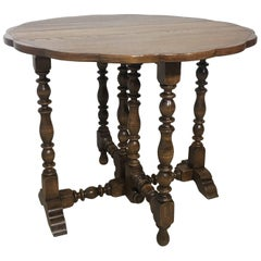 English Oak Gateleg Table with Fleur Form Top, circa 1900