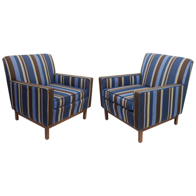 Spectacular Pair of Mid-Century Modern Blue Striped Lounge Chairs by Gunlocke For Sale