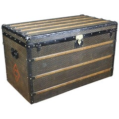 1920s Huge Goyard Steamer trunk, Malle Courrier Goyard Toile au Chevron