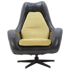 "Midcentury ""Aviator"" Chair from Czech Republic, 1970s"