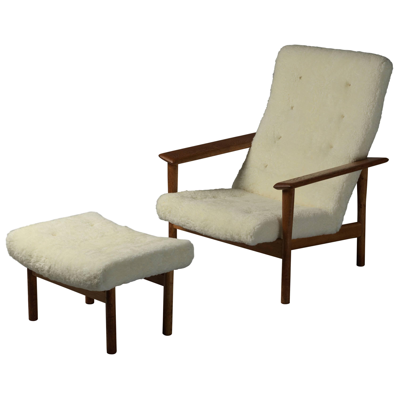 Ejner Larsen & Axel Bender Madsen, Lounge Chair, Ottoman, Lambskin and Oak, 1961