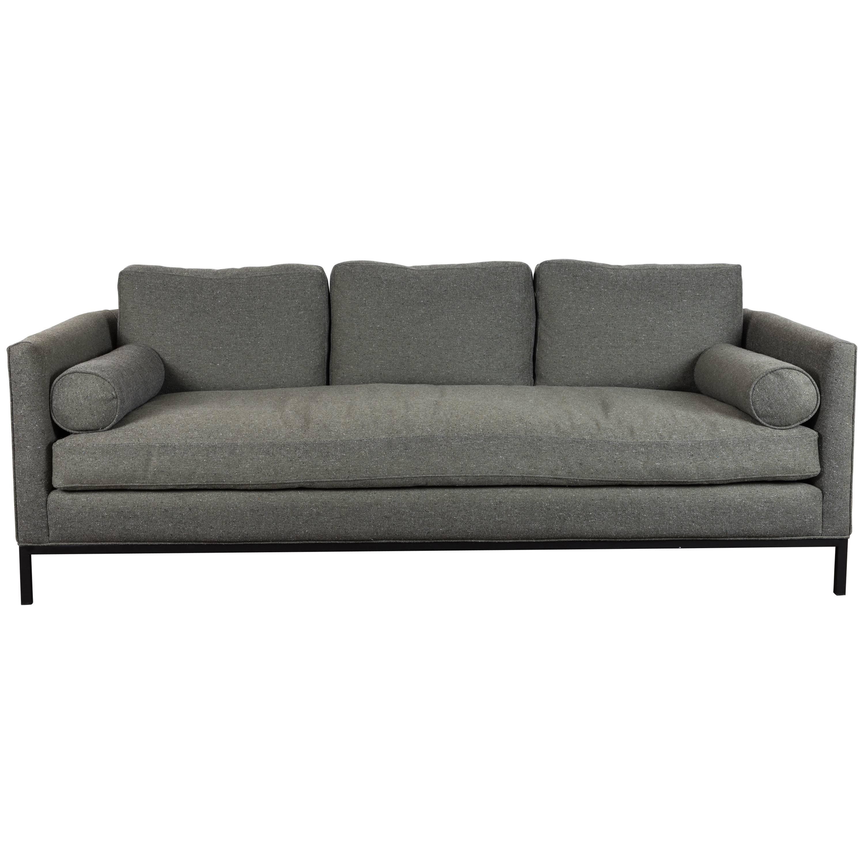Merveilleux Curved Back Sofa By Lawson Fenning For Sale