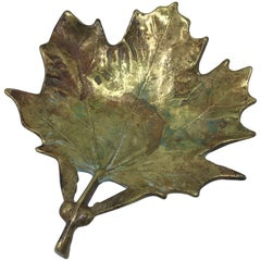 1950s Virginia Metalcrafters Brass Sugar Maple Leaf Sculpture