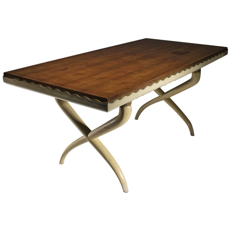 Italian, 1930s Table in the Style of Tomaso Buzzi For Sale