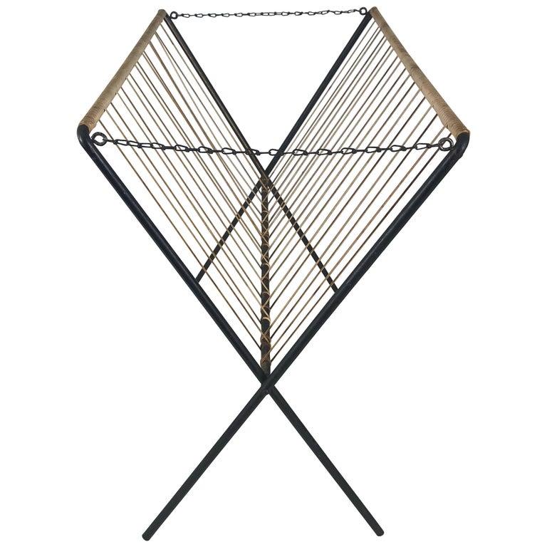 Modernist Iron and Jute Folding Magazine Rack, Tomado