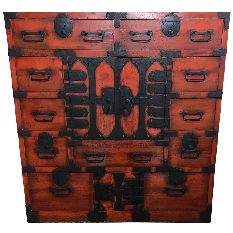 19th Century Japanese Lacquered Tansu For Sale