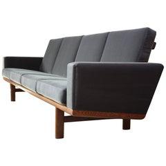 Hans Wegner for GETAMA Sofa in Oak and Velvet