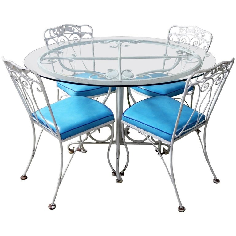 Salterini Style Wrought Iron Patio Set Round Table Four Chairs Turquoise Seats For