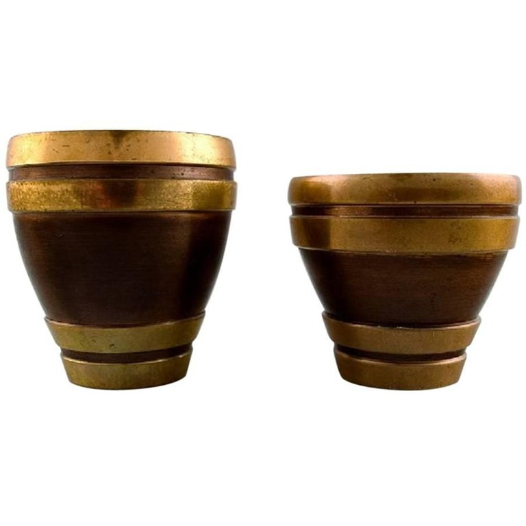 Cawa art deco vases in bronze, approx. 1940s Danish design.