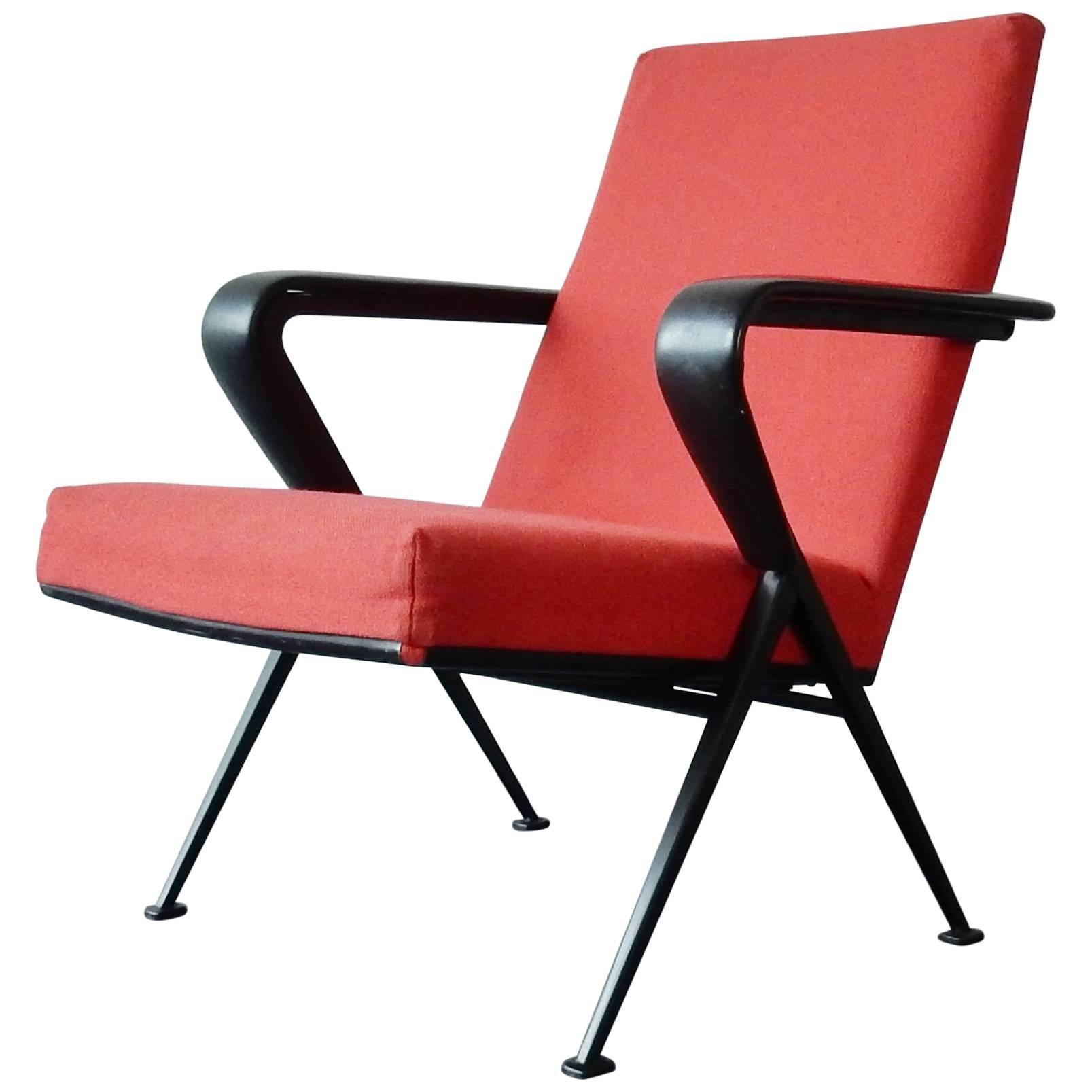 Model 'Repose' Armchair by Friso Kramer for Ahrend de Cirkel, Netherlands, 1965