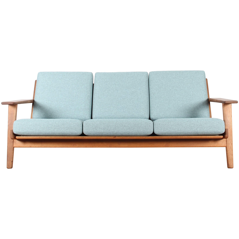 Scandinavian Sofa, GE-290 by Hans J. Wegner for Getama, Three-Seat