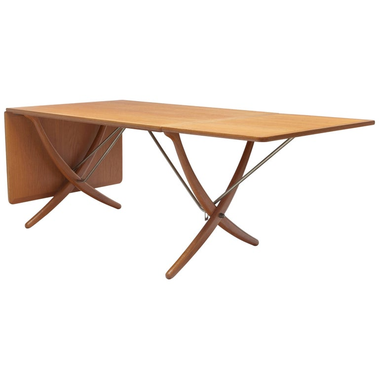 Oak Hans Wegner Sabre Leg's Drop-Leaf Dining Table, Model AT-304, Andreas Tuck For Sale