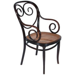 Antique Thonet Bentwood Armchair Fauteuil No. 2, desgned 1865, manufactured 1895