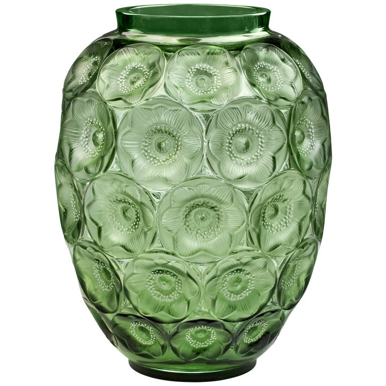 Lalique Anemone Extra Large Vase in Green Crystal Limited Edition 188 For Sale