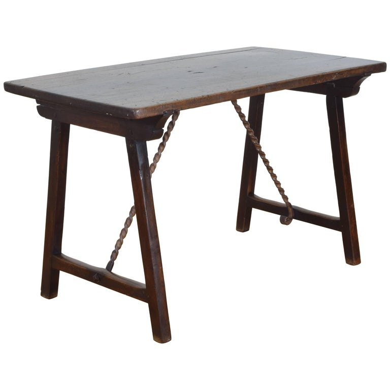 Spanish Late Baroque Walnut and Wrought Iron Folding Table, 17th Century