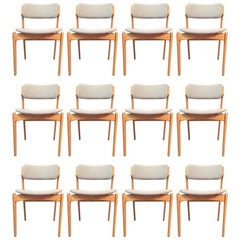 1960s Erik Buch Set of 12 Model 49 Oak Dining Chairs for Odense Maskinsnedkeri