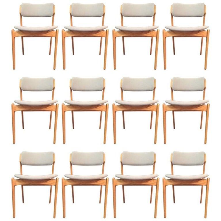 1960s Erik Buch Set of 12 Model 49 Oak Dining Chairs for Odense Maskinsnedkeri