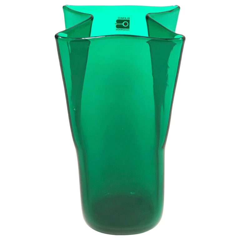 Midcentury Green Folded Glass Vase by Don Shepherd for Blenko 1