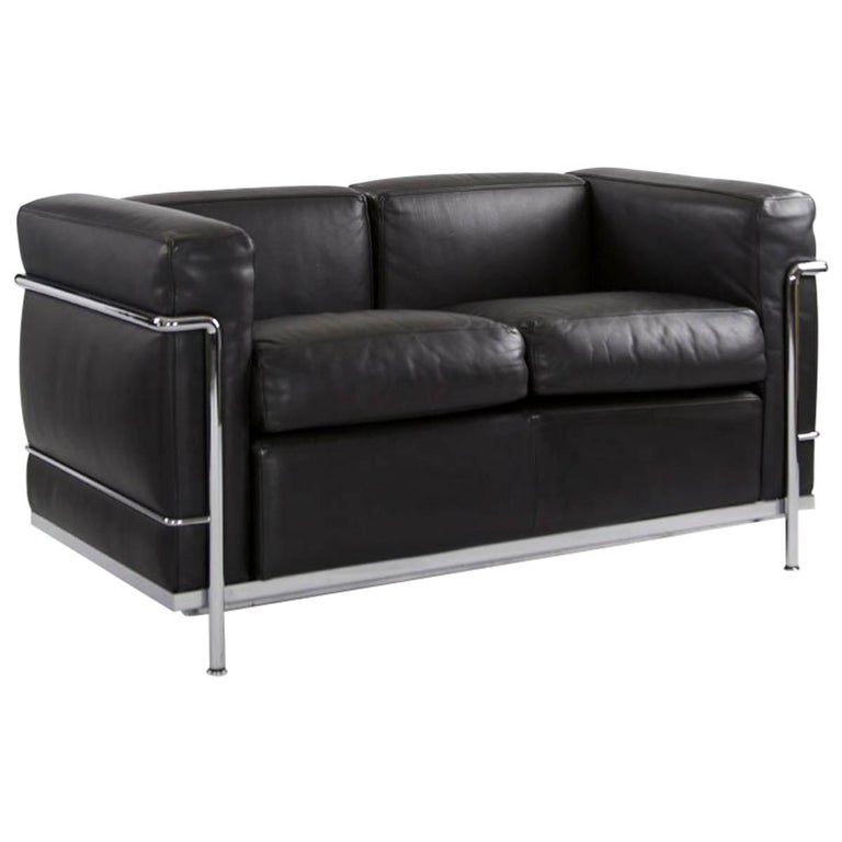 Cassina LC2 Two-Seat in Chrome and Black Leather, Designed in 1928, Le Corbusier