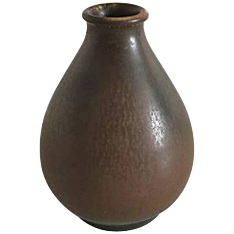 Bing & Grondahl Unique Stoneware Vase #621