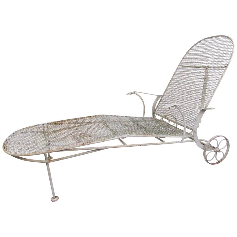 Russell woodard adjustable chaise lounge chair circa for 1950s chaise lounge