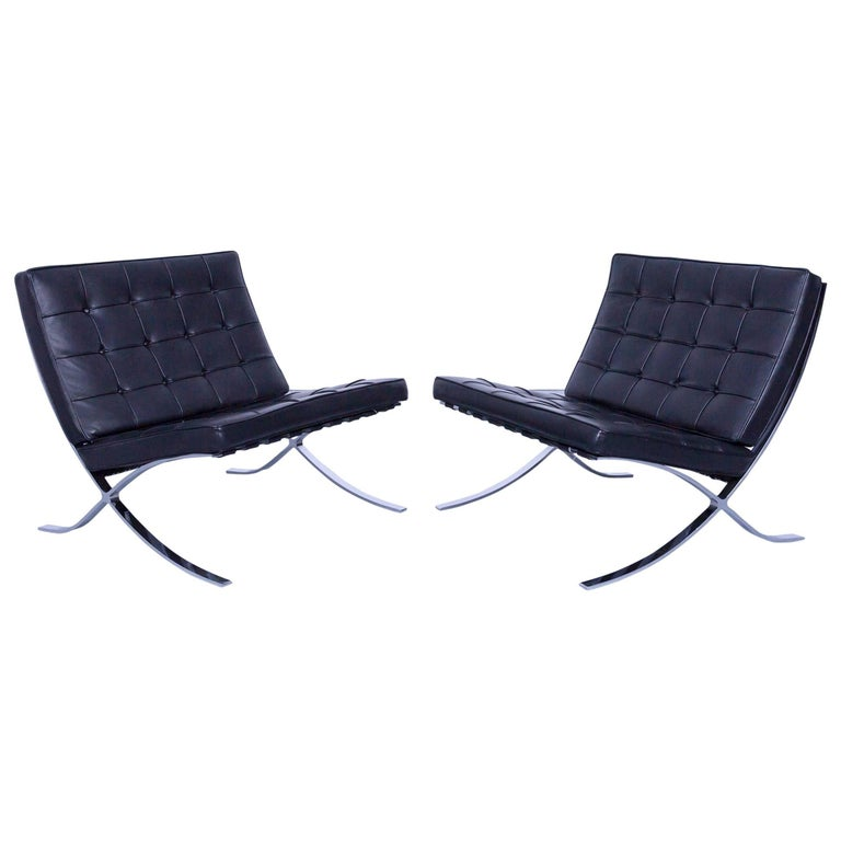 two knoll international barcelona chair ludwig mies van der rohe black leather for sale at 1stdibs. Black Bedroom Furniture Sets. Home Design Ideas