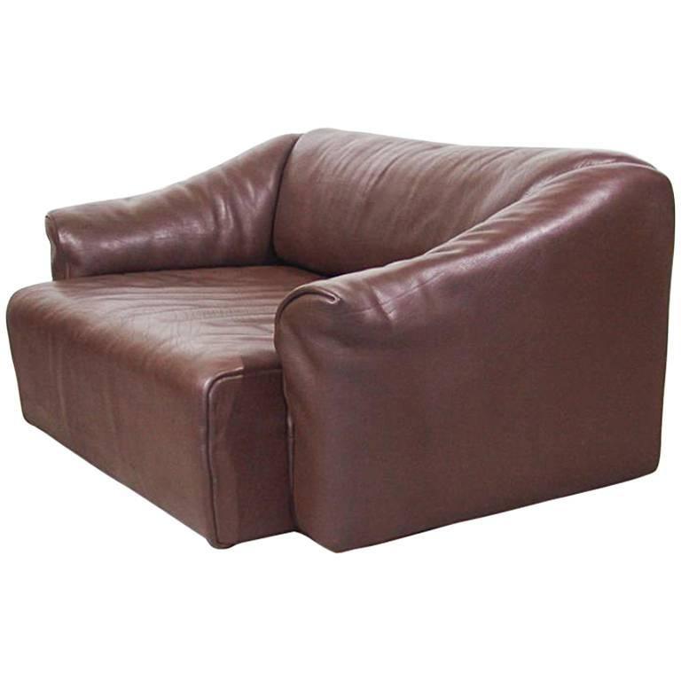De Sede DS47 Two-Seat Sofa in Dark Brown Buffalo Leather, Switzerland, 1970s 1