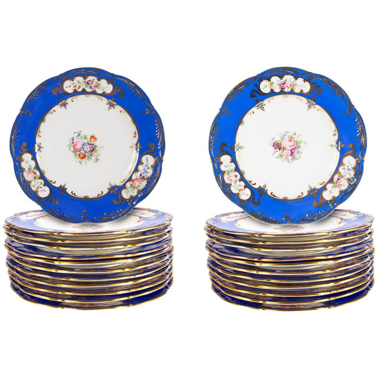 24 Porcelain Blue and White Floral Dinner Plates For Sale