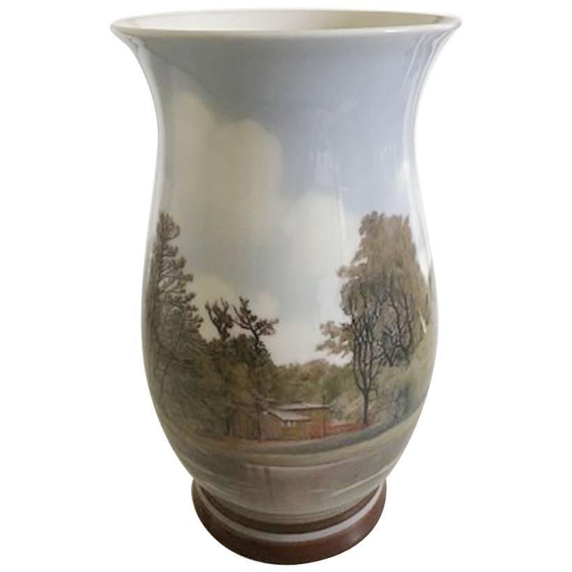 Bing & Grondahl Sophus Jensen Unique Vase No. 440 with Motif of Dyrehaven Bakken