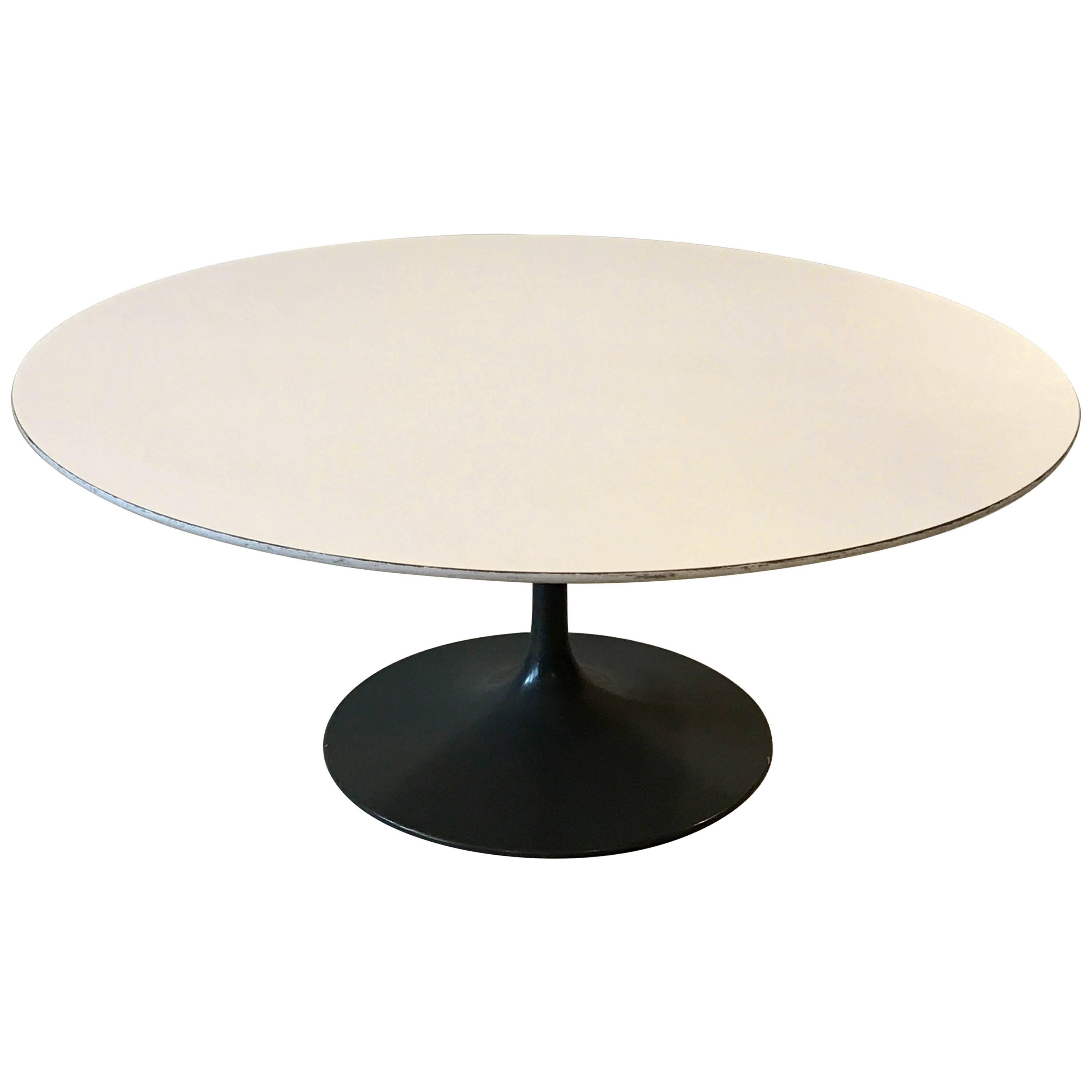 Early Tulip Base Round Coffee Table by Eero Saarinen for Knoll, 1950s