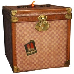 1920s French Hat Trunk in Checkers Canvas