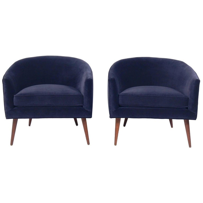 Pair of Curvaceous Midcentury Tub Chairs For Sale