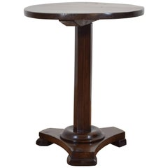 Italian Neoclassic Walnut Side Table, Second Quarter of the 19th Century
