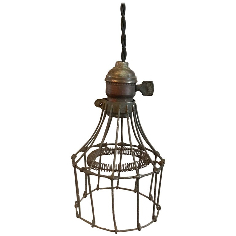 Steel Wire Cage Pendant Light For