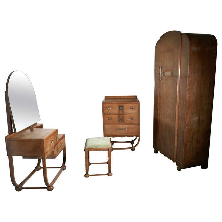 Art Deco Limed Oak Bedroom Suite By Heals At 1stdibs