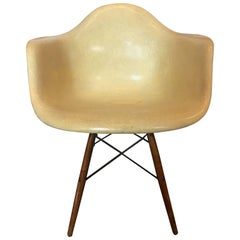 Charles & Ray Eames Dowel Leg Swivel Paw Armchair by Herman Miller, 1949