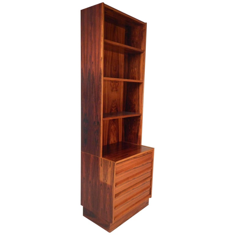 mid century modern rosewood etagere for sale at 1stdibs. Black Bedroom Furniture Sets. Home Design Ideas