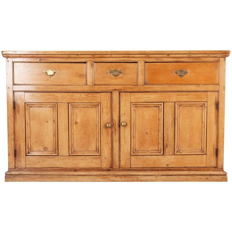English, 19th Century Pine Dresser Buffet
