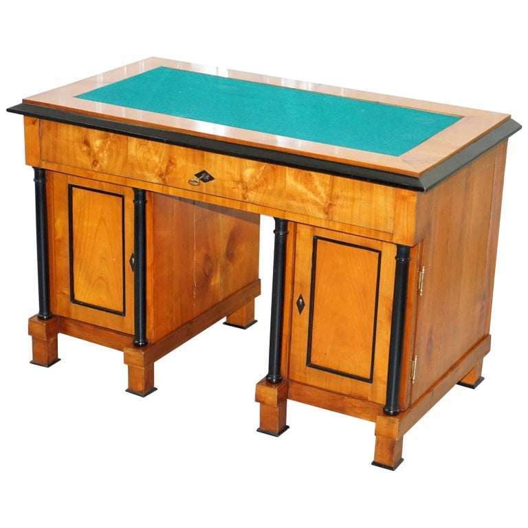 Antique Swedish Biedermeier Satin Birch Pedestal Partner Desk, circa 1840-1860