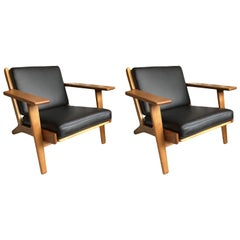 Hans J Wegner GE290, Matching Pair, Refurbished and Reupholstered