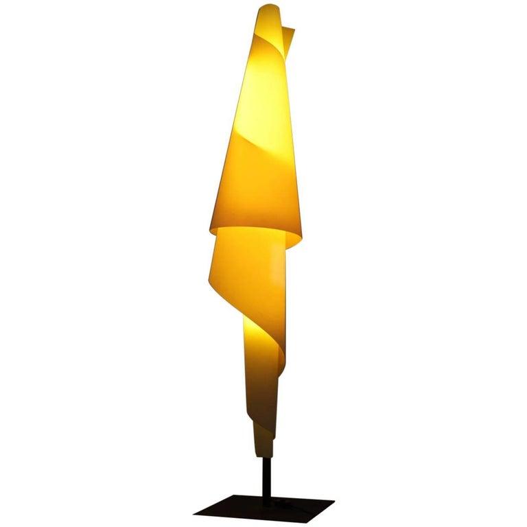 Quotalta costuraquot metalarte white plastic floor lamp josep for Alta costura f floor lamp