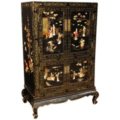 French Chinoiserie Sideboard in Lacquered and Painted Wood from 20th Century